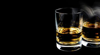Alcohol y tabaco, riesgos latentes de cáncer
